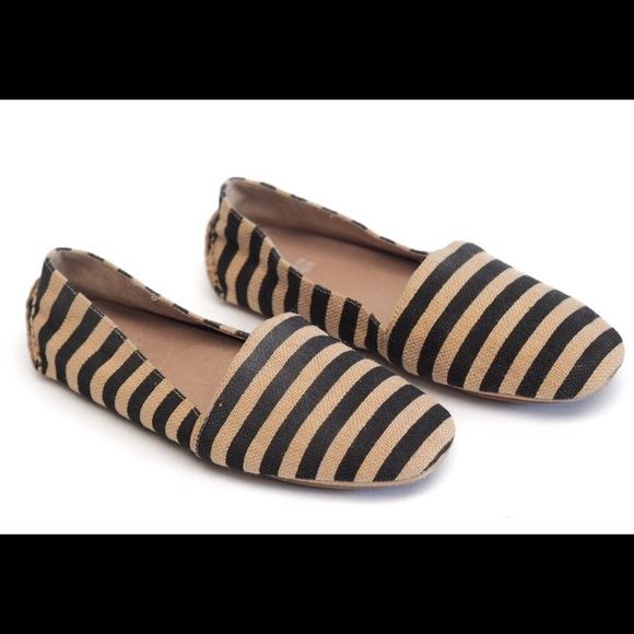 Eileen Fisher striped canvas slip ons. Size 9.